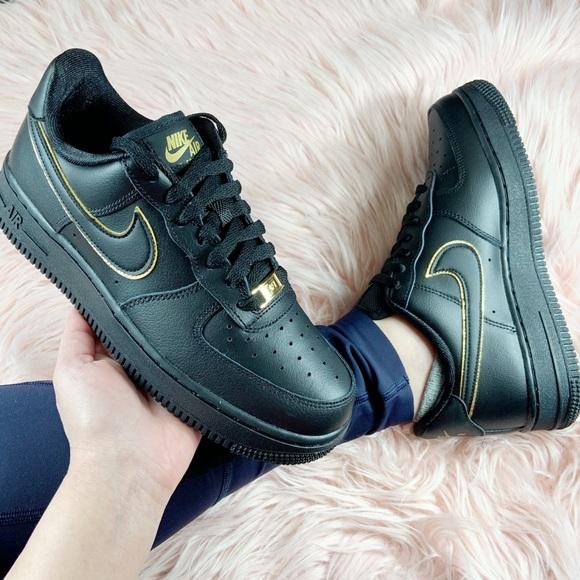 New Nike Womens Air Force Black Gold